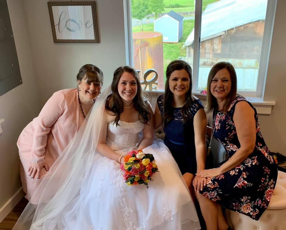 bride and moms and sister in the bridal suite at pemberton farm weddings in snohomish wa